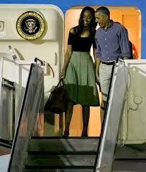 obamas land in hawaii for last trip as first family people com