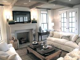 Neutral Sofa Decorating Ideas by Best 25 Casual Family Rooms Ideas On Pinterest Beach Style