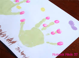 momma made it mothers day kid craft hand print garden