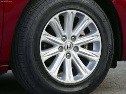 honda odyssey 2005 tire size honda odyssey touring 2005 picture 67 of 85