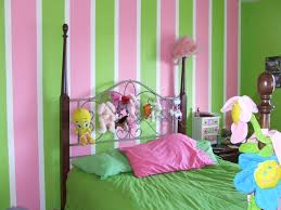 bedroom decor selection comes with green pink line wall painting