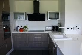cuisine grise plan de travail noir cuisine grise plan de travail bois les 25 meilleures idaces de la