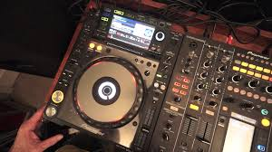 dj table for beginners beginner dj lesson 5 over view of a cd turntable youtube
