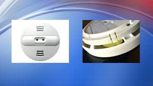flashing green light on kidde smoke detector kidde smoke alarm going off for no reason first alert atom