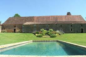 long term car rental france pure france self catering holiday rentals rent villas châteaux