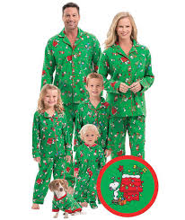 23 best matching family pajamas for 2017