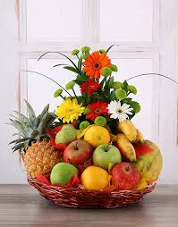 where to buy fruit baskets buy flower and fresh fruit basket online netflorist