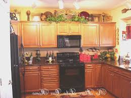 kitchen decorating ideas above cabinets kitchen extraordinary kitchen decorating ideas above cabinets