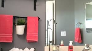 small bathroom decorating ideas on a budget bathroom decor ideas on a budget engem me