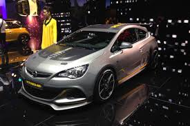 opel astra opc 2017 new vauxhall astra vxr extreme makes its debut auto express