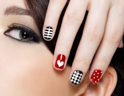 16 easy to do cute heart nail designs
