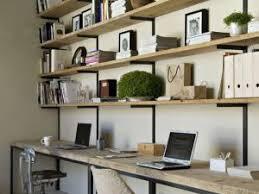 plateau bois pour bureau diy un bureau industriel tout simple en bois brut et acier par