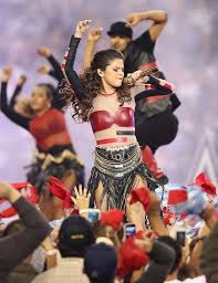 selena gomez picture 690 a thanksgiving day nfl football