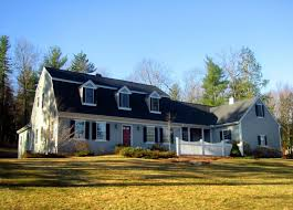 20 examples of homes with gambrel roofs photo examples