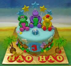 and friends cake jenn cupcakes muffins barney friends cake