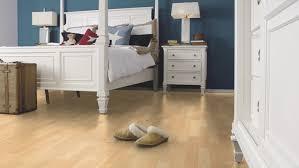Canadian Laminate Flooring Wineo Laminate Wineo 300 Canadian Maple