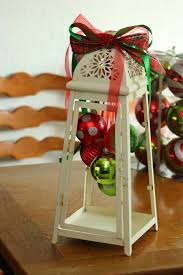 How To Decorate A Swag For Christmas The 25 Best Christmas Lanterns Ideas On Pinterest Xmas