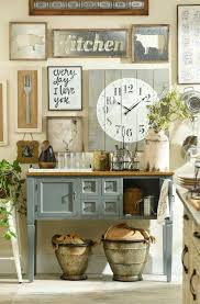 wall decor for kitchen ideas 254 best home decor images on pinterest wreath ideas blossoms