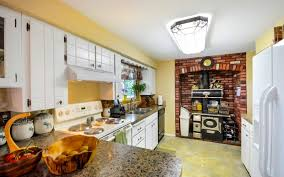 how to make cabinets look distressed question how do i make my kitchen cabinets look distressed
