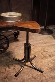 meuble design vintage meuble industriel ancien tabouret d u0027usine deco loft meuble