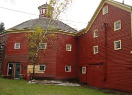 do you know the real reason barns are always red i had no idea