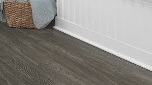 Laminate Or Vinyl Flooring Easy Diy Interlocking Vinyl Plank Flooring U2014 Creative Home Decoration