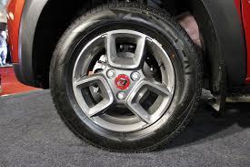 lexus india surat renault kwid accessorised alloy wheel at surat international auto
