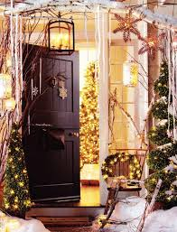 Decorate Outside Entryway Christmas by