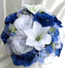 wedding flowers blue and white royal blue white roses and dreams