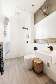 Bathroom Light Ideas by Best 25 Rustic Bathroom Lighting Ideas On Pinterest Rustic