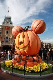 disney halloween decorations 188 best mickey mouse halloween images on pinterest disney
