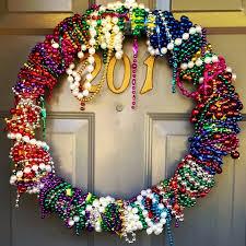 mardi gras bead wreath počet obrázkov na tému mardi gras na pintereste 17