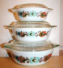 3 vintage carnaby tempo pyrex casserole these pyrex