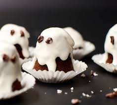 Vegan Halloween Appetizers 20 Frightfully Spooktacular Vegan Halloween Recipes