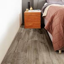 Waterproof Laminate Flooring For Bathrooms B Q Natural Limed Oak Effect Premium Luxury Vinyl Click Flooring 2 16