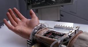 prot e si e auto la mano che cambia la ruota dell auto è pronta tom s hardware