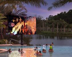 where to watch free outdoor movies in orlando this summer