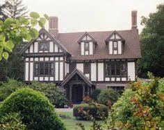 English Tudor Style House Life In Britain Tudor English And Window