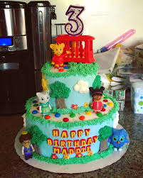 daniel tiger birthday cake i u0027m not a professional anyone can do