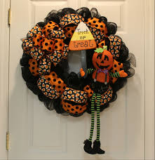 diy mesh waving jack o u0027lantern halloween wreath the wreath depot