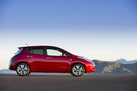 nissan leaf sv vs sl 2014 nissan leaf mostly unchanged as range technically moves up