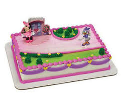 minnie mouse cakes minnie mouse happy helpers cake decoration decoset cake