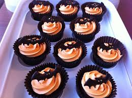 simple halloween cakes 100 halloween cupcake cakes ideas halloween two tone rose