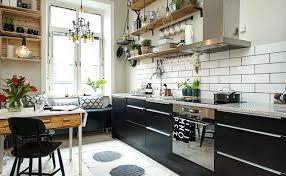 cuisine avec etagere etageres de cuisine atagares ouvertes en bois et avec des cagettes