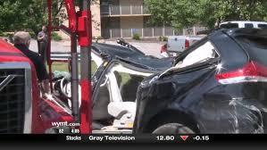 floyd county crash injures 3