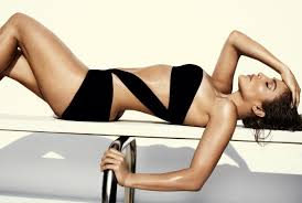 everything you need to know to not mess up your spray tan in the