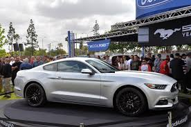 Silver Mustang Black Wheels Photo Gallery 2015 Ford Mustang In Ingot Silver Mustangs Daily