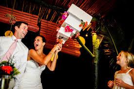 wedding cake cutting cake cutting photos by junebug weddings member photographers