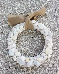 13 enjoyable burlap wreaths that u0027ll make you smile when you see