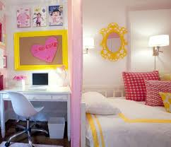 Decorate Kids Room by Top 25 Best Yellow Girls Bedrooms Ideas On Pinterest Yellow